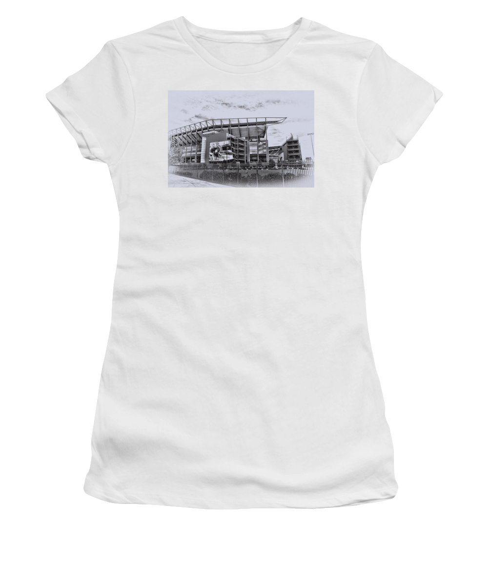 Linc Women's T-Shirt (Athletic Fit) featuring the photograph The Linc - Philadelphia Eagles by Bill Cannon