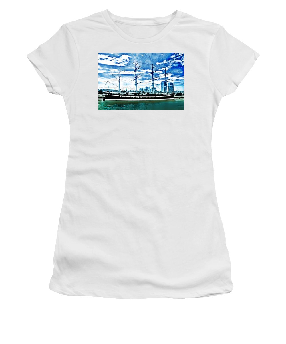 Moshulu Women's T-Shirt (Athletic Fit) featuring the photograph The Moshulu by Bill Cannon