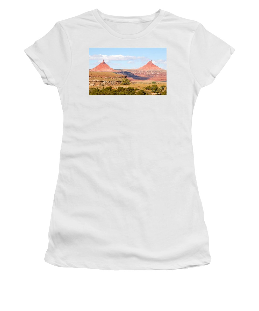 Twin Buttes Women's T-Shirt featuring the photograph Twin Buttes by David Lee Thompson