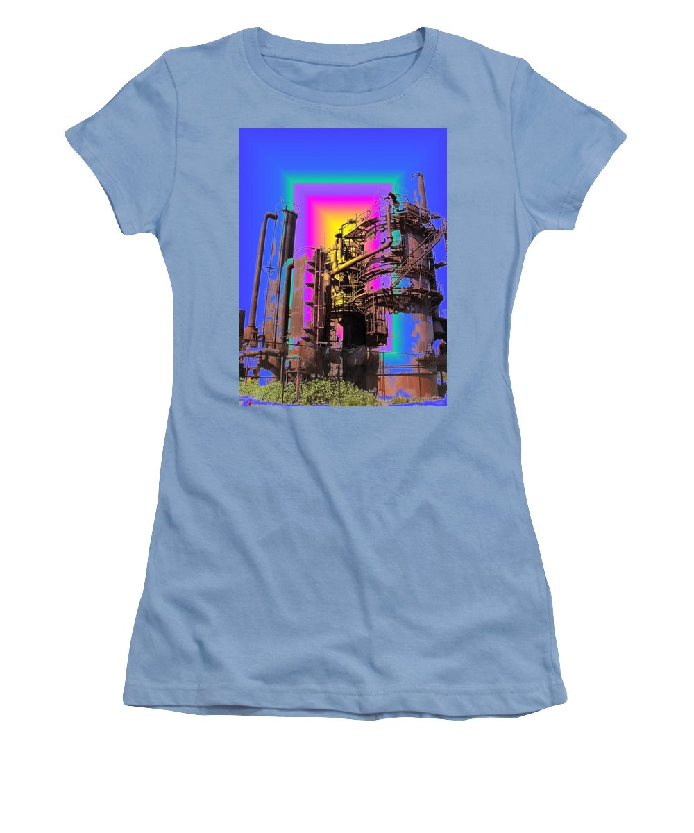 Seatttle Women's T-Shirt (Athletic Fit) featuring the digital art Gasworks Park 2 by Tim Allen