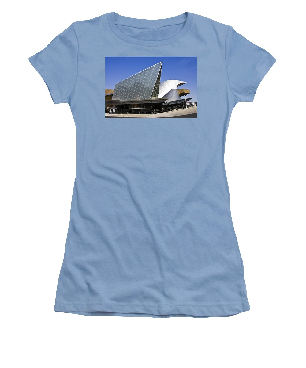 Roanoke Women's T-Shirt (Athletic Fit) featuring the photograph Taubman Museum Of Art Roanoke Virginia by Teresa Mucha