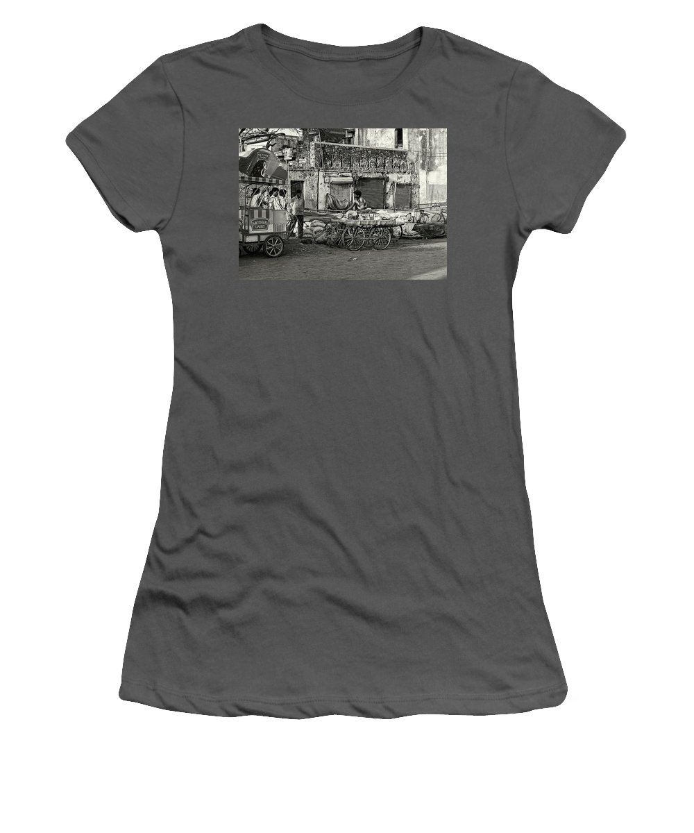 Asia Women's T-Shirt (Athletic Fit) featuring the photograph A Chat Among Friends by Roberto Pagani