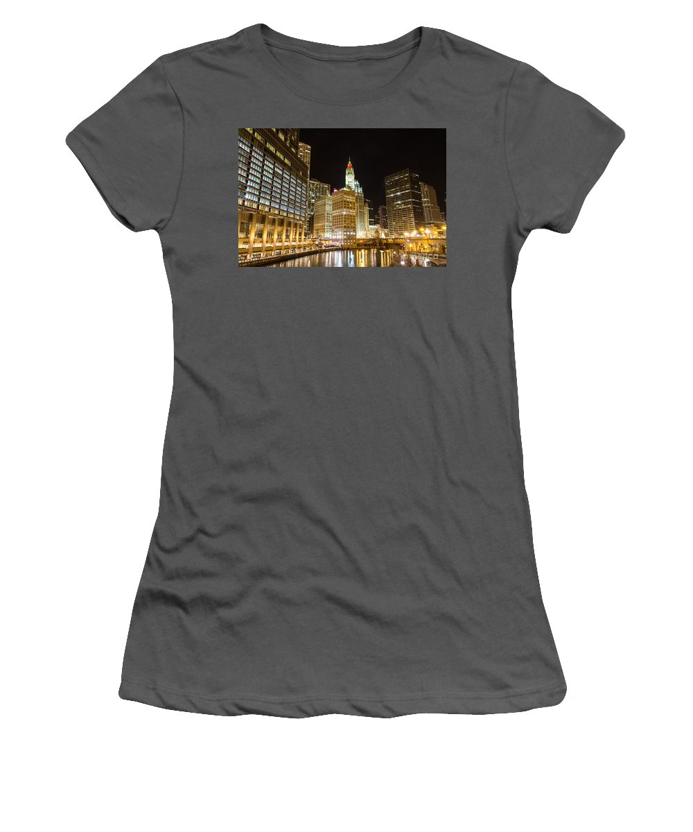 Building Women's T-Shirt (Athletic Fit) featuring the photograph Chicago River by Andrew Slater