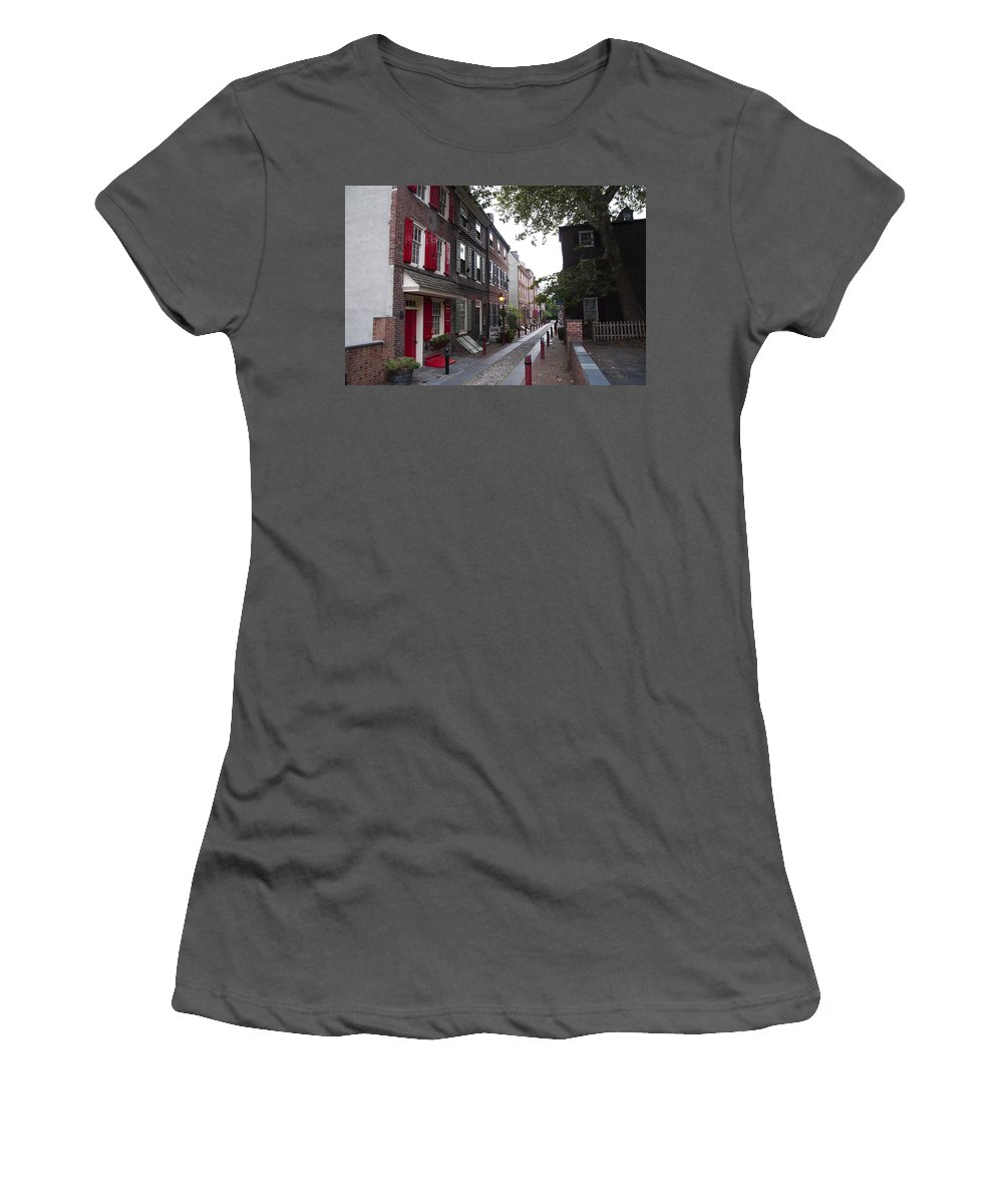 Elfreth's Women's T-Shirt (Athletic Fit) featuring the photograph Elfreth's Alley - Olde City Philadelphia by Bill Cannon
