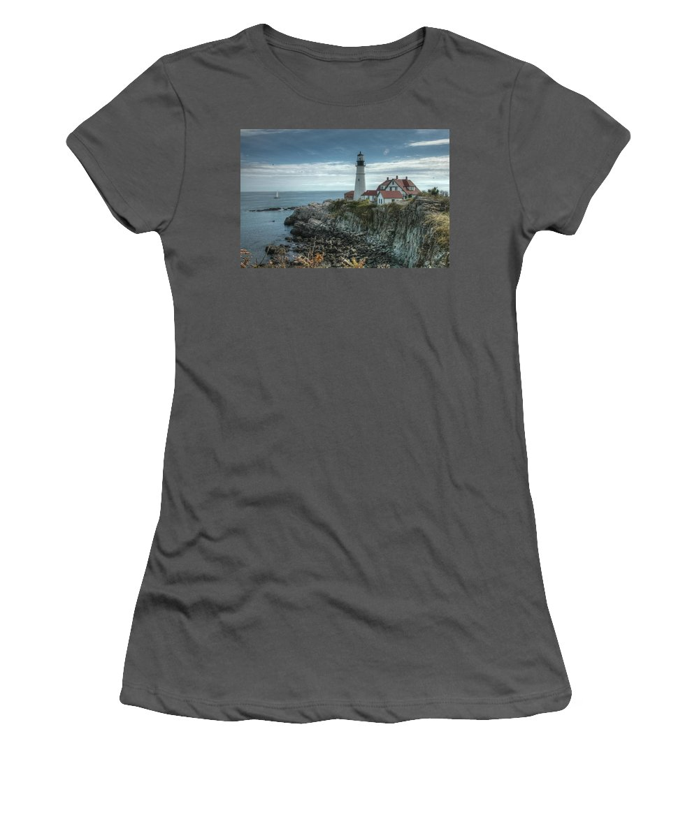 Maine Women's T-Shirt (Athletic Fit) featuring the photograph Ft. Williams Lighthouse by Michael Kirk