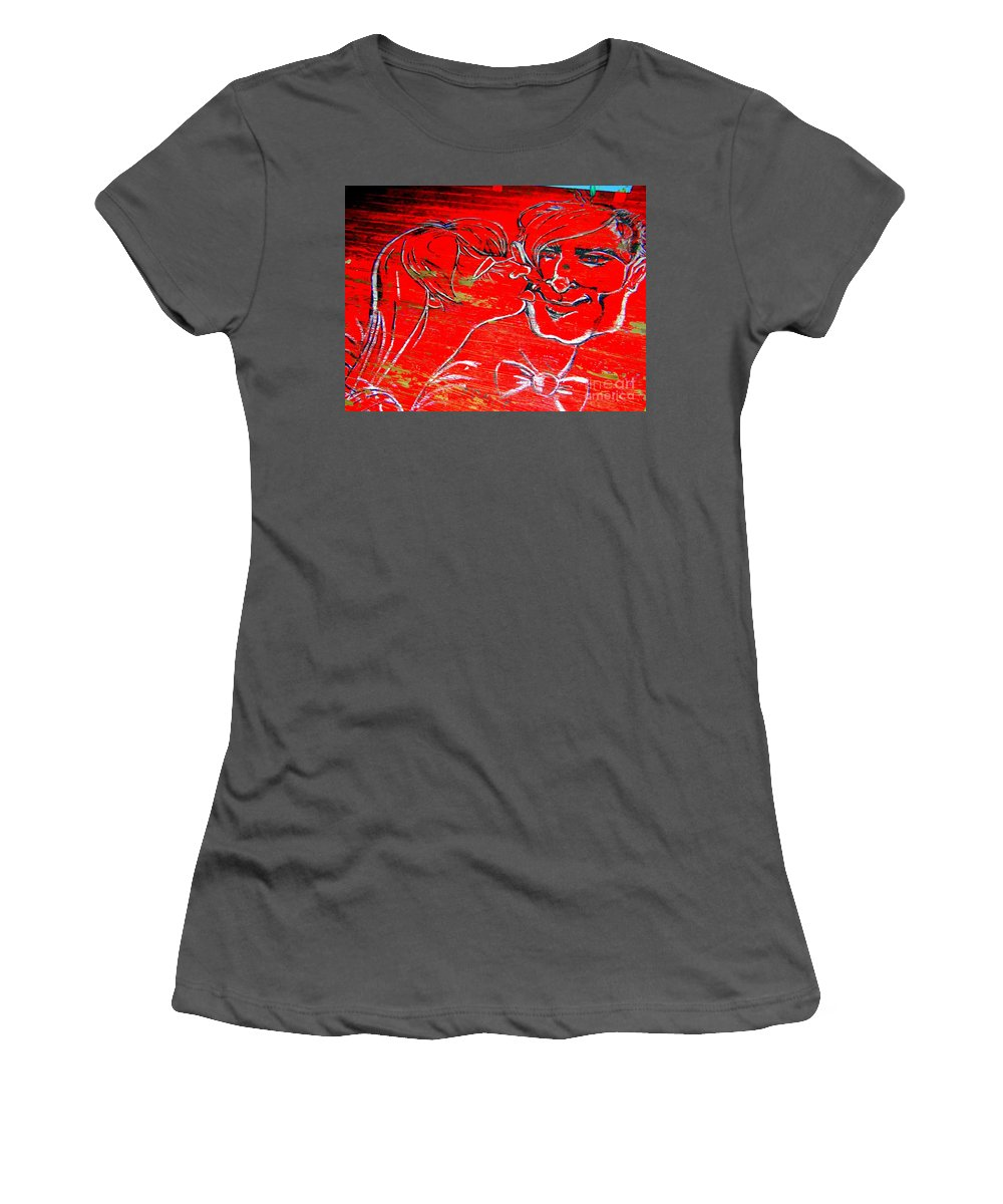 Couple Women's T-Shirt (Athletic Fit) featuring the photograph Kissing Couple by Ed Weidman