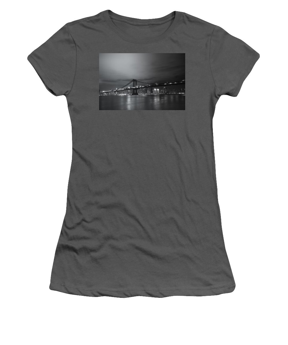 Nyc Women's T-Shirt (Athletic Fit) featuring the photograph Manhattan Bridge - New York City by Vivienne Gucwa