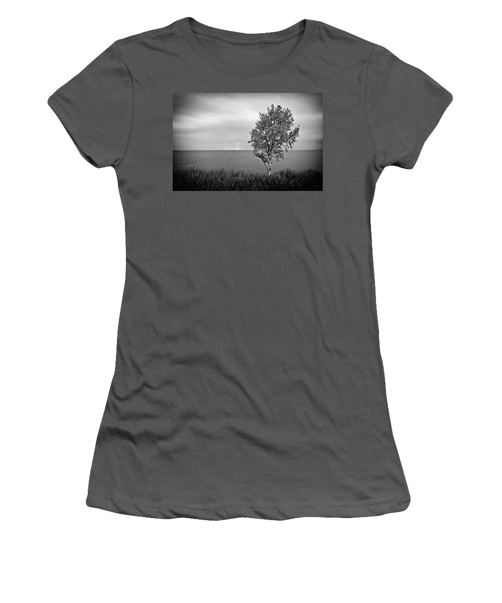 Lake Superior Women's T-Shirt (Athletic Fit) featuring the photograph One On One by Doug Gibbons
