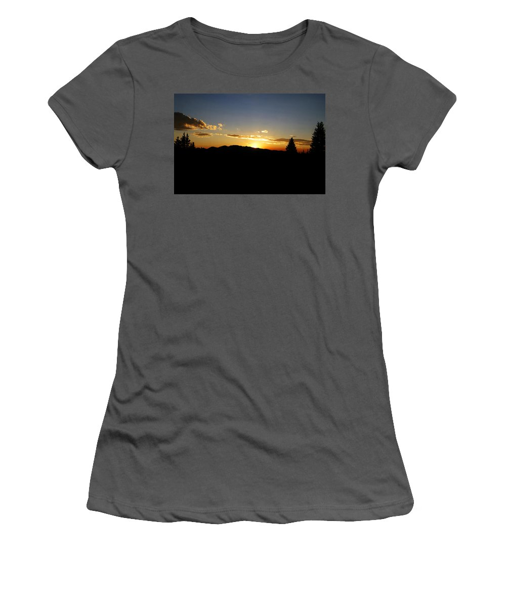Colorado Women's T-Shirt (Athletic Fit) featuring the photograph Simple Sunset by Jeremy Rhoades