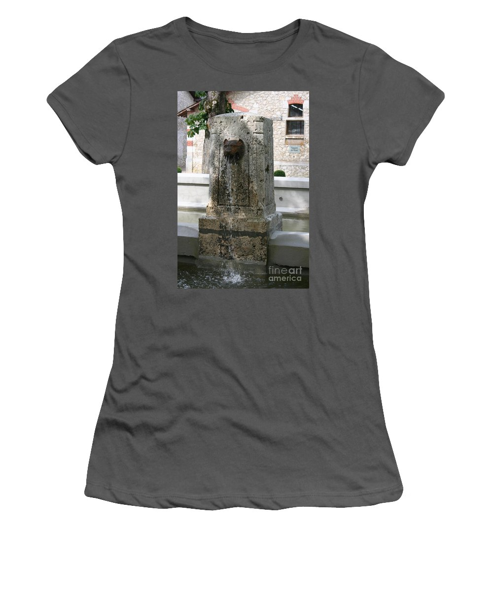 Water Women's T-Shirt (Athletic Fit) featuring the photograph Waterspout Garden Chateau Chaumont by Christiane Schulze Art And Photography