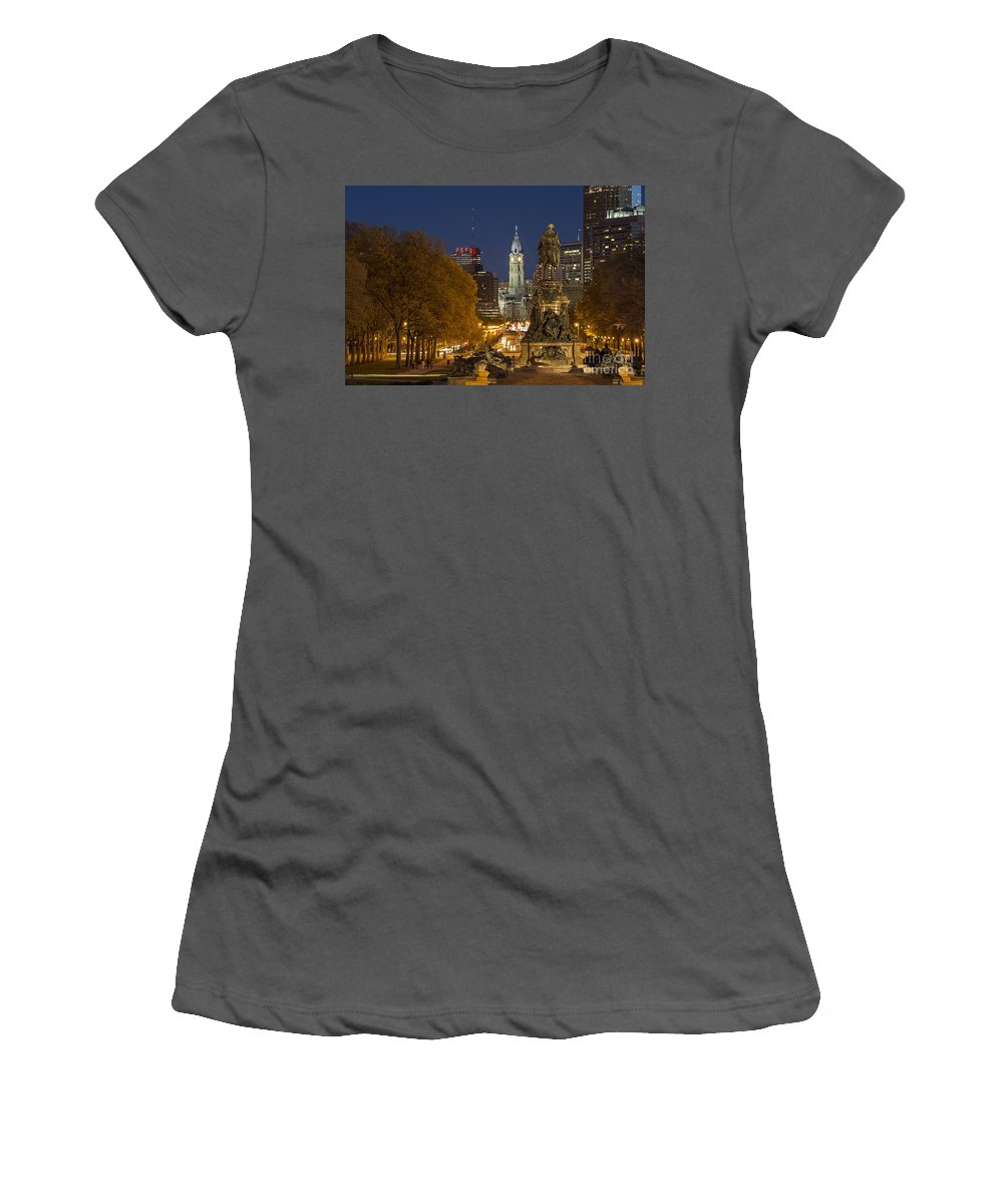 Ben Franklin Parkway Women's T-Shirt (Athletic Fit) featuring the photograph Philadelphia Skyline by John Greim