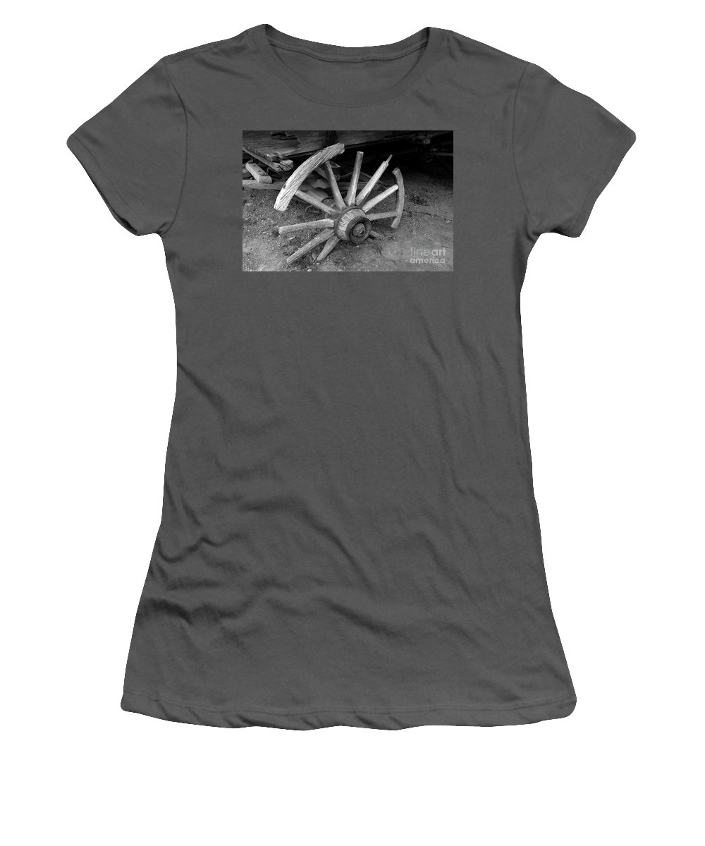 Wagon Wheel Women's T-Shirt (Athletic Fit) featuring the photograph Broken Wheel by David Lee Thompson