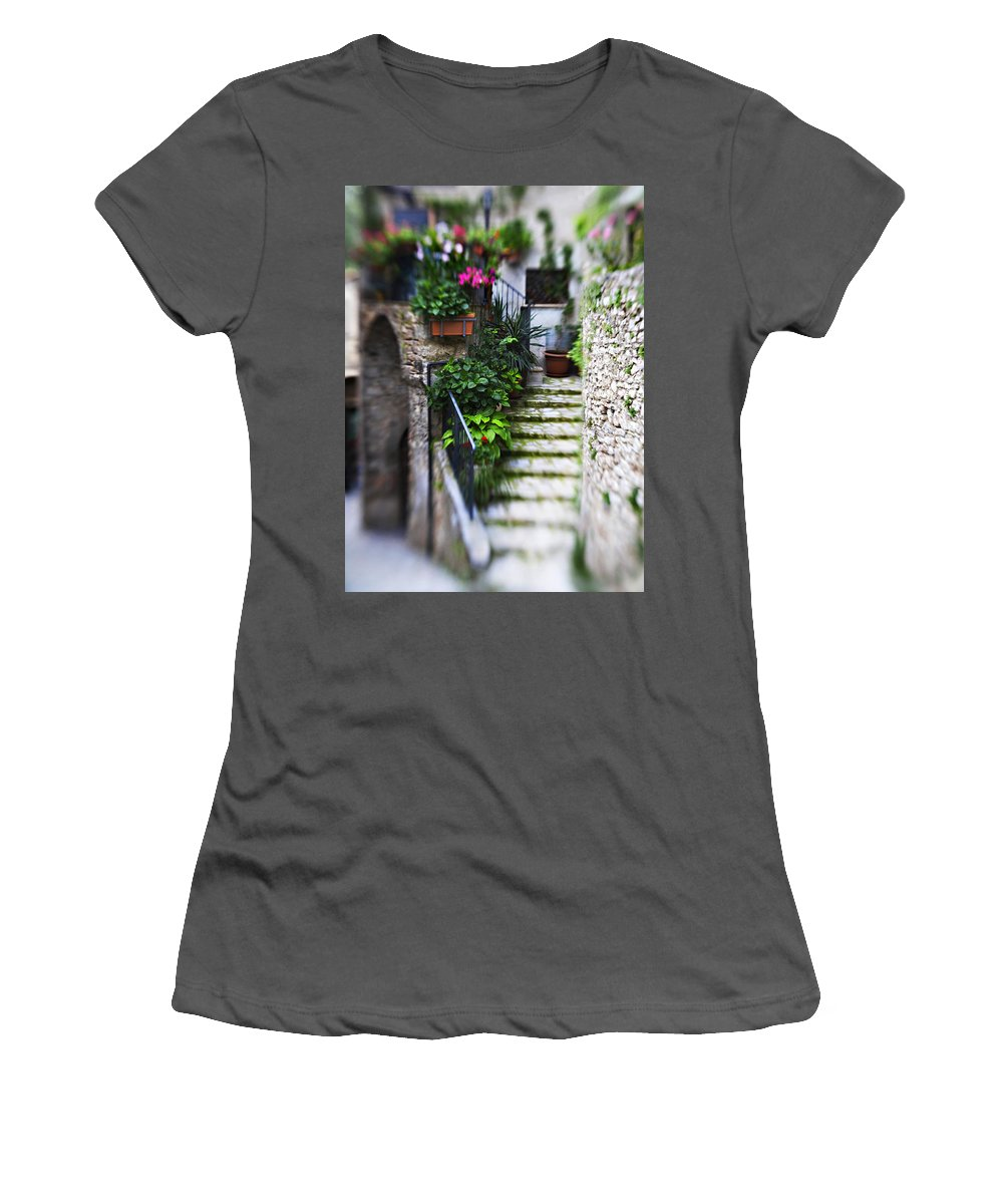 Home Women's T-Shirt (Athletic Fit) featuring the photograph Coming Home by Marilyn Hunt