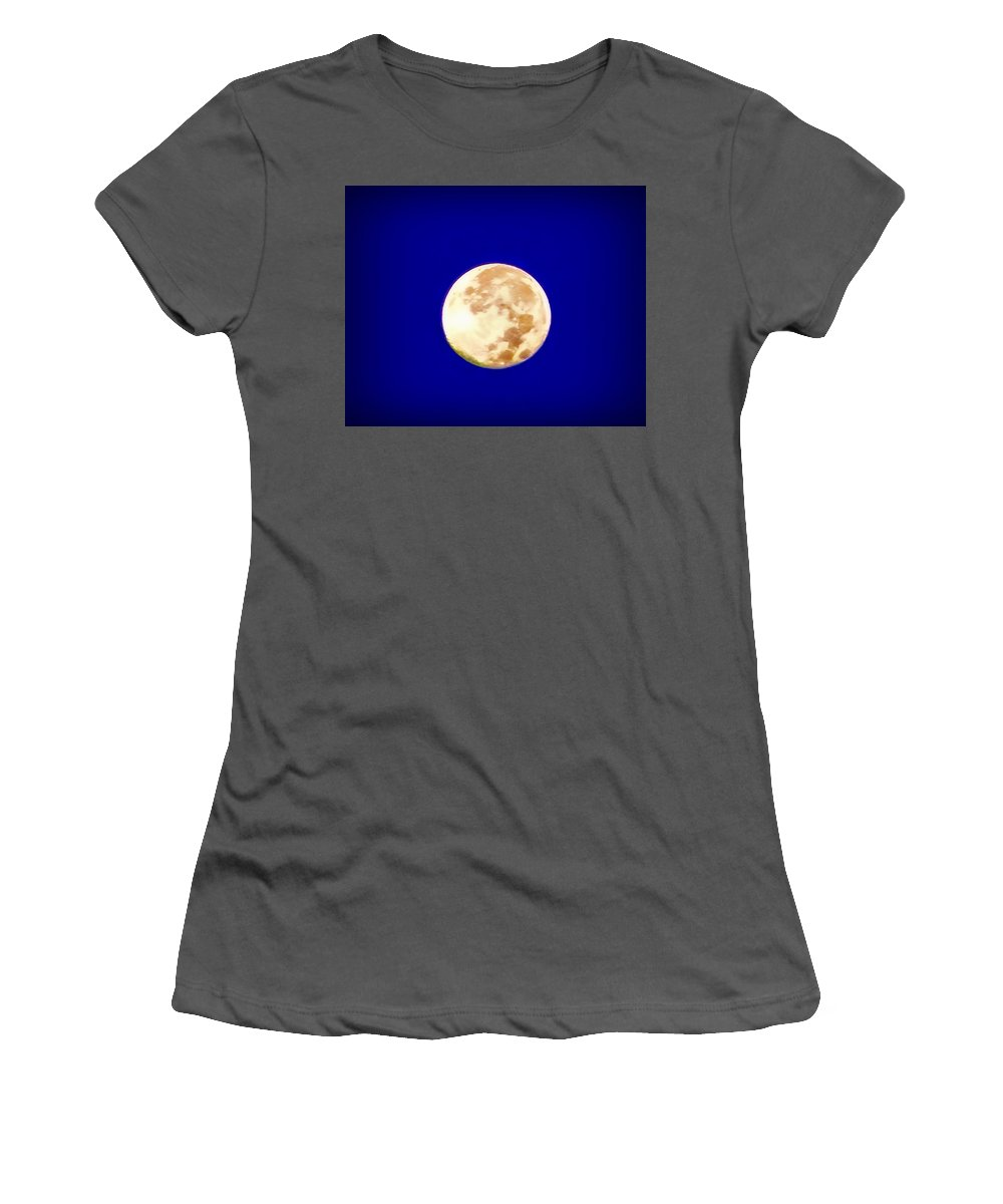 Full Moon Women's T-Shirt (Athletic Fit) featuring the photograph Full Moon Fever by Bill Cannon