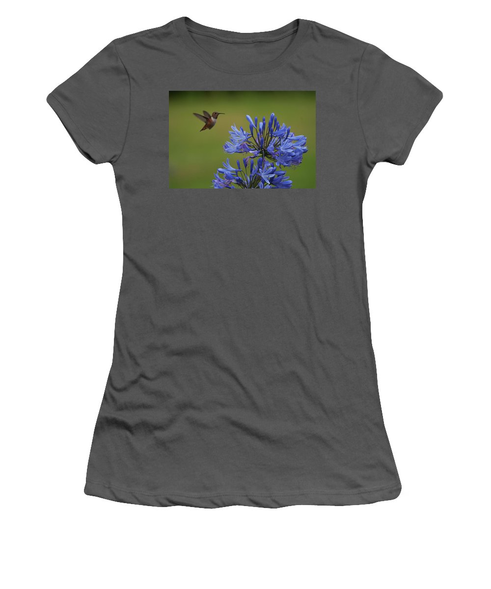 Rmb2010071100072 Women's T-Shirt (Athletic Fit) featuring the photograph Anna's Hummingbird by Robert Braley