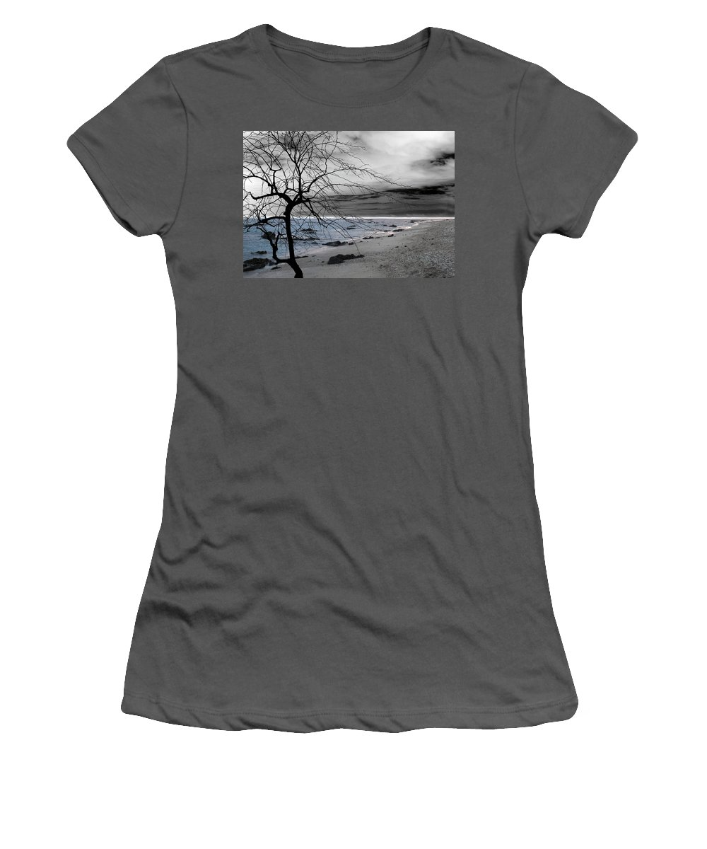 Photo Women's T-Shirt (Athletic Fit) featuring the photograph Nature - Sad Tree by Munir Alawi
