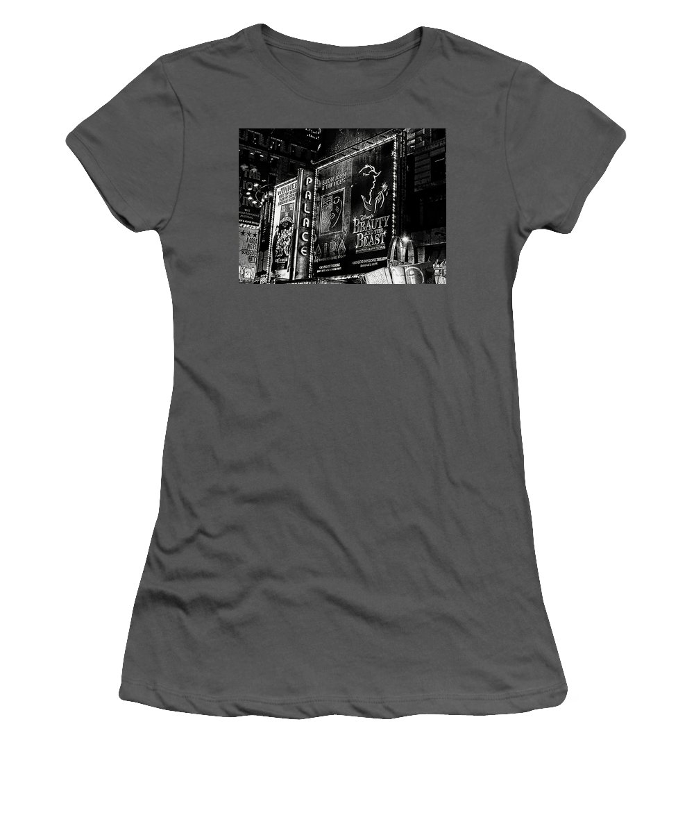Didesigns Women's T-Shirt (Athletic Fit) featuring the photograph Playing At The Palace B / W by Di Designs