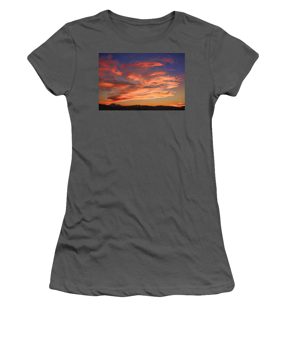 twin Peaks Women's T-Shirt (Athletic Fit) featuring the photograph Rocky Mountain Front Range Sunset by James BO Insogna
