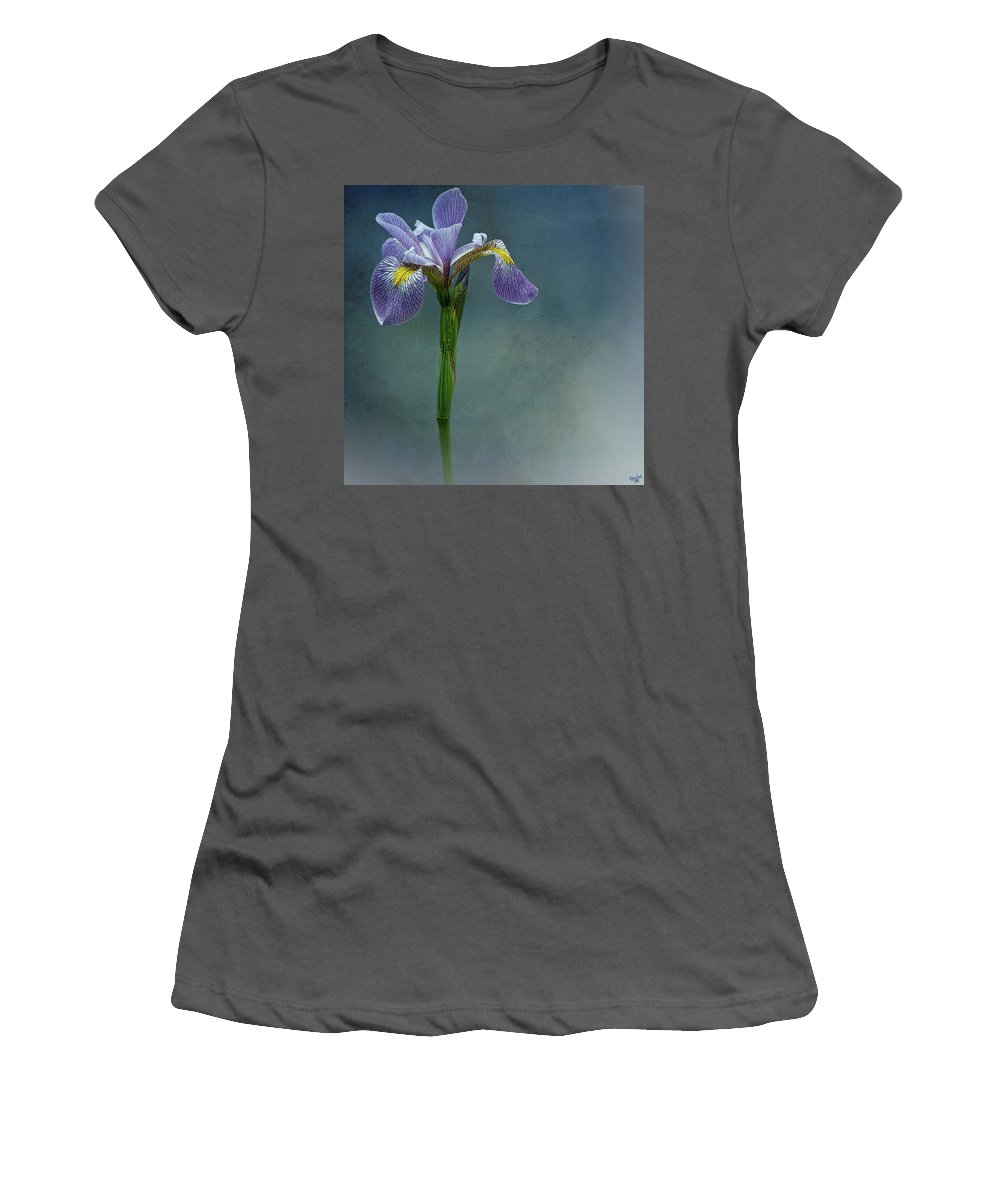Flower Women's T-Shirt (Athletic Fit) featuring the photograph The Harlem Meer Iris by Chris Lord