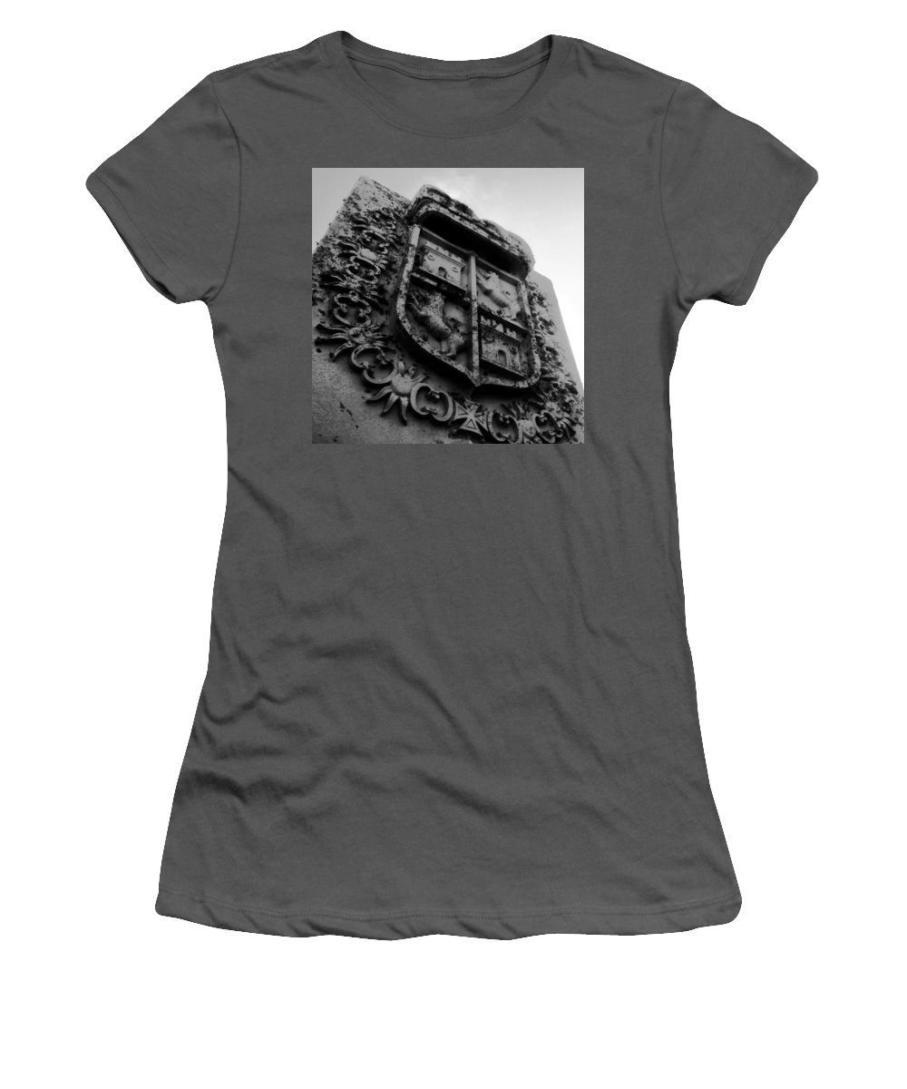Crest Women's T-Shirt (Athletic Fit) featuring the photograph The Kings Crest by David Lee Thompson
