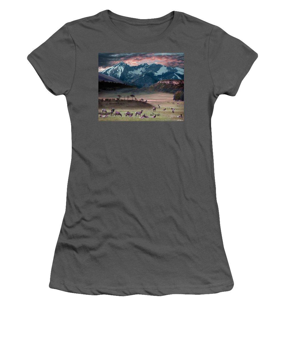 Wildlife Women's T-Shirt (Athletic Fit) featuring the digital art Wapiti Heaven by Bill Stephens