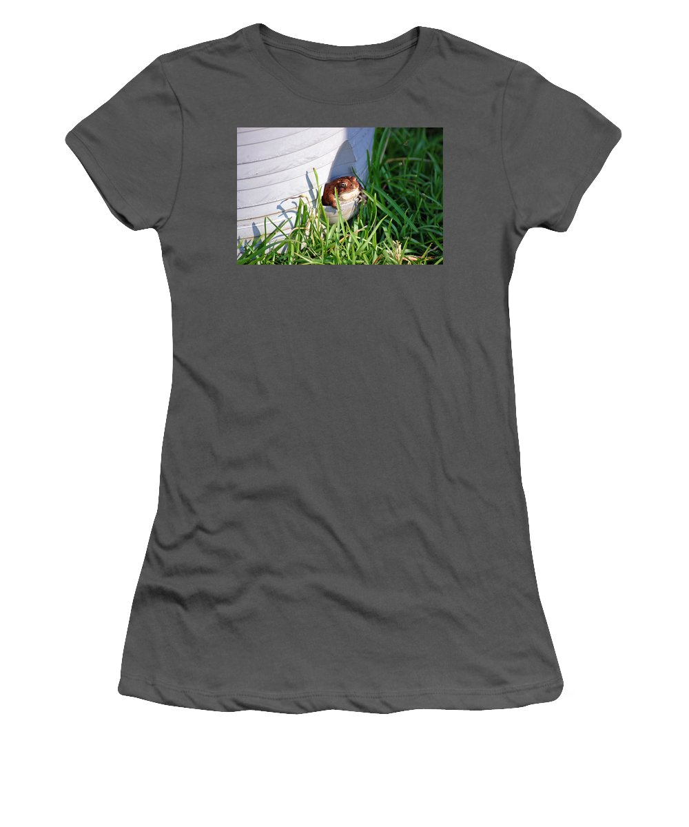 Frog Women's T-Shirt (Athletic Fit) featuring the photograph Welcome Home by Donna Bentley