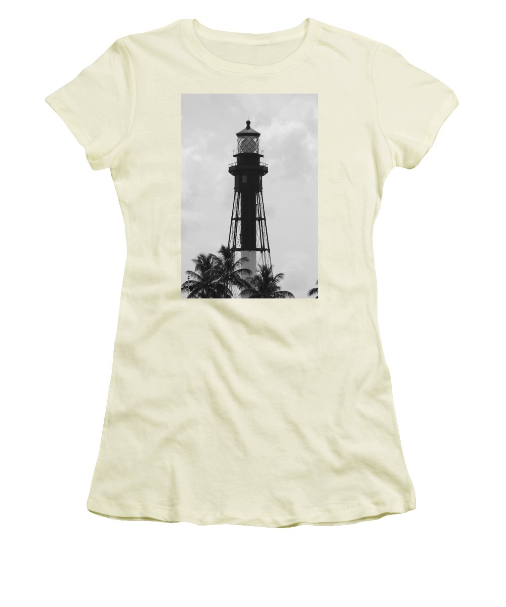 Landscape Women's T-Shirt (Athletic Fit) featuring the photograph Lighthouse In Black And White by Rob Hans