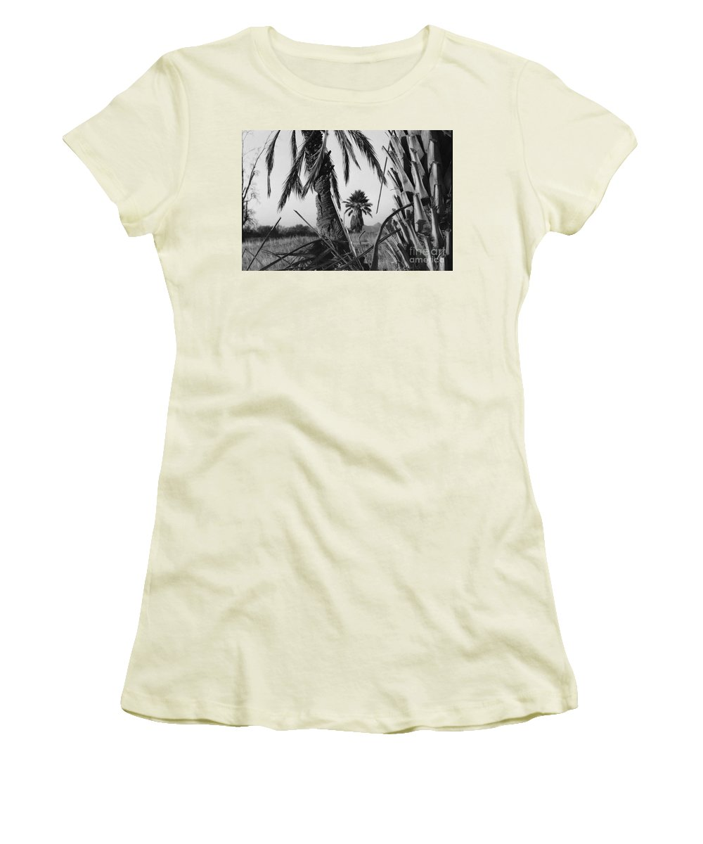 Black And White Photograpy Women's T-Shirt (Athletic Fit) featuring the photograph Palm In View Bw Horizontal by Heather Kirk