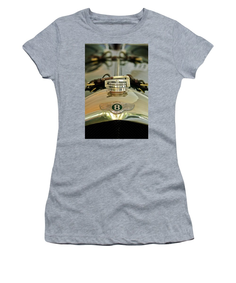 1925 Bentley 3-liter 100mph Supersports Brooklands Two-seater Women's T-Shirt featuring the photograph 1925 Bentley 3-liter 100mph Supersports Brooklands Two-seater Radiator Cap by Jill Reger