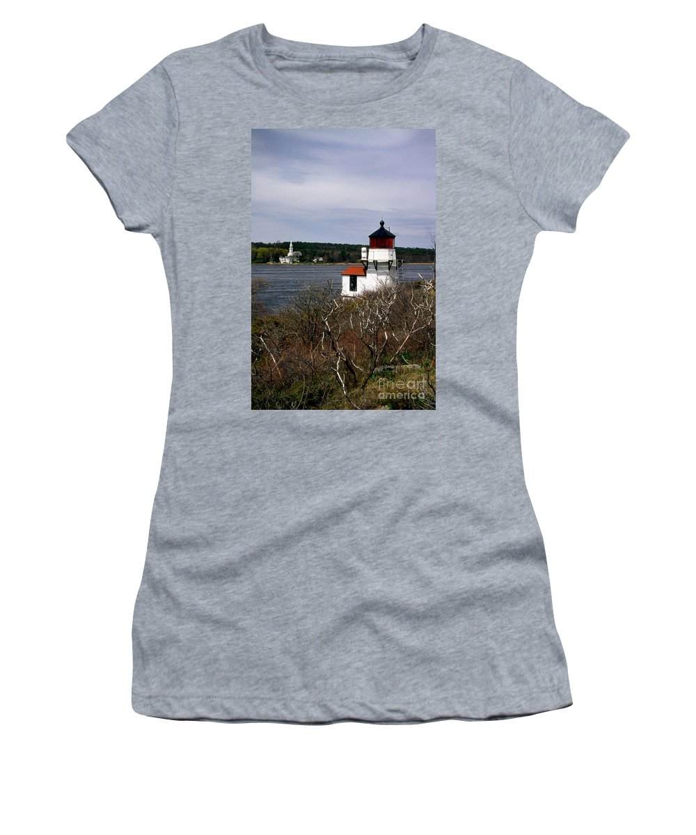 Lighthouses Women's T-Shirt (Athletic Fit) featuring the photograph Squirrel Point Lighthouse by Skip Willits