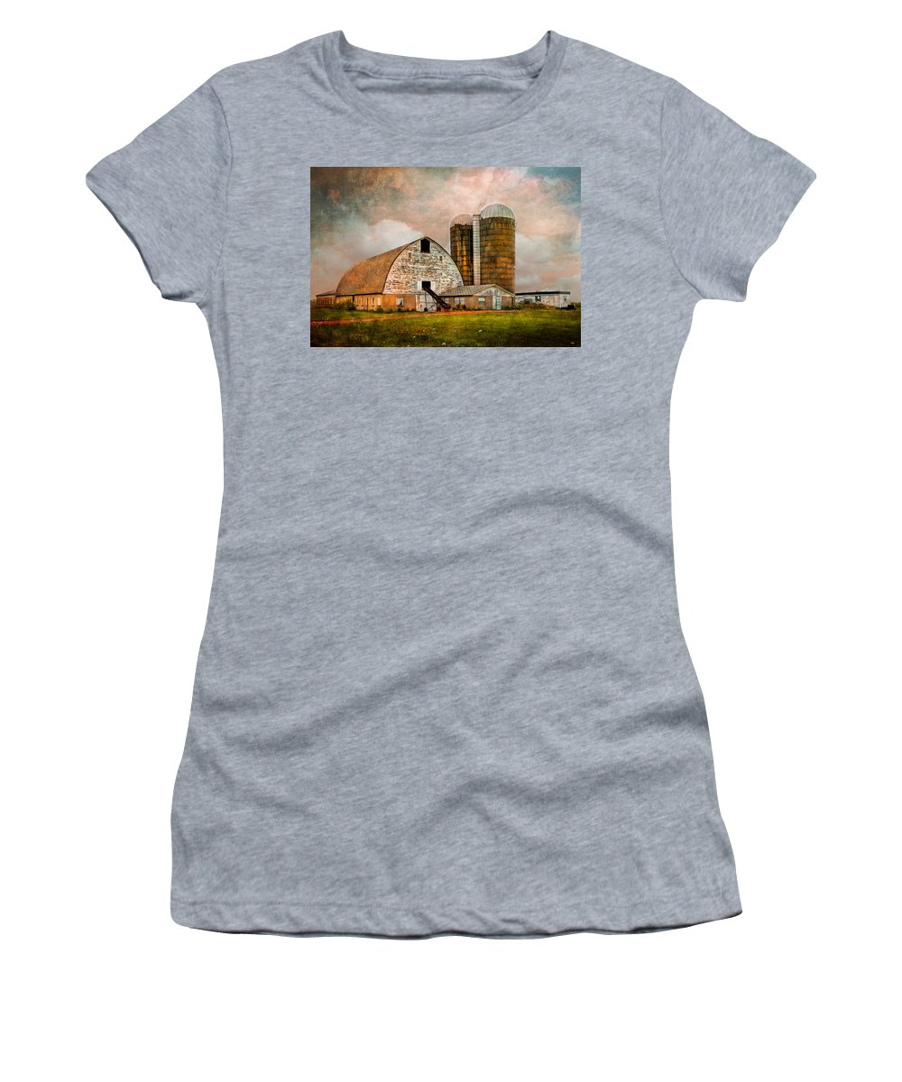 Appalachia Women's T-Shirt (Athletic Fit) featuring the photograph Barns In The Country by Debra and Dave Vanderlaan