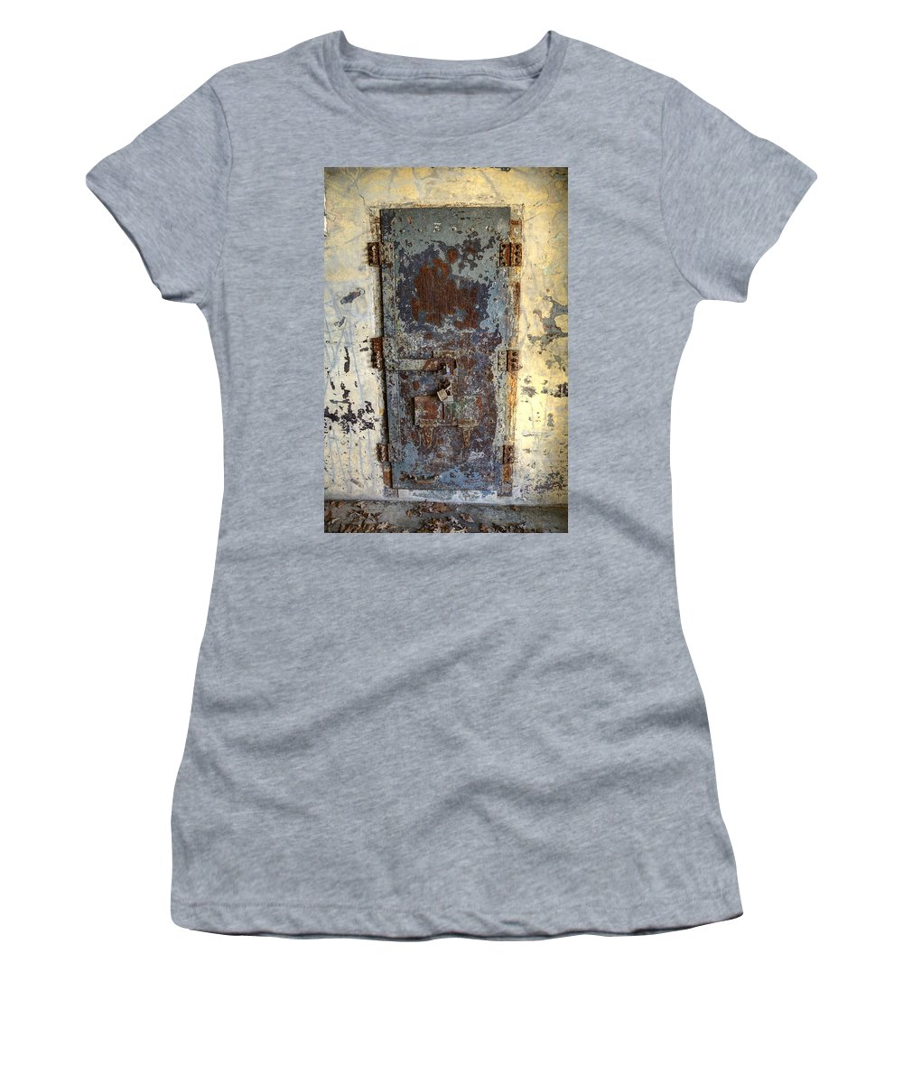 Doors Women's T-Shirt (Athletic Fit) featuring the photograph Chain Gang-4 by Charles Hite