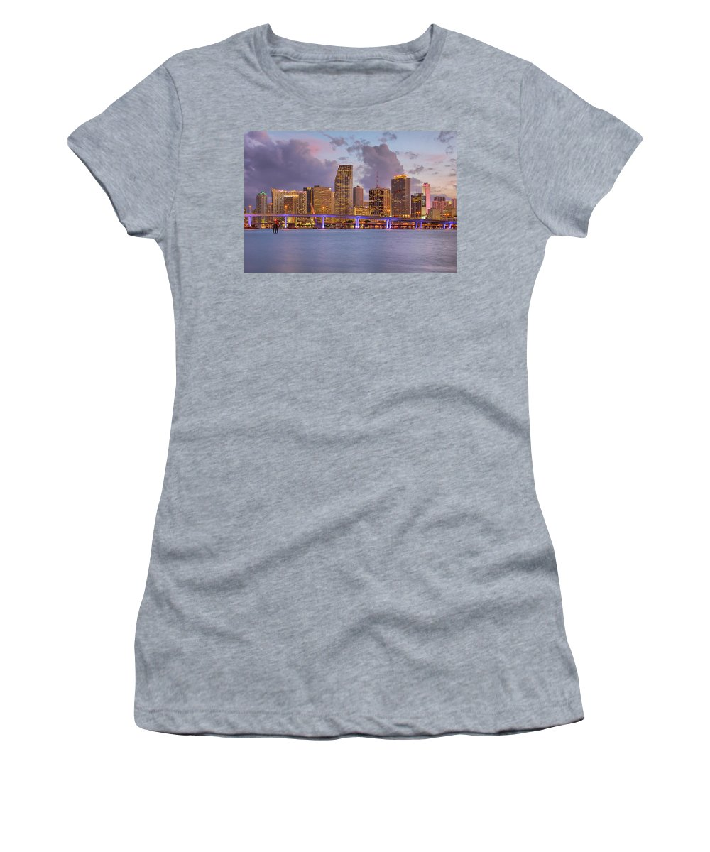 United States Women's T-Shirt featuring the photograph City Lights by Claudia Domenig