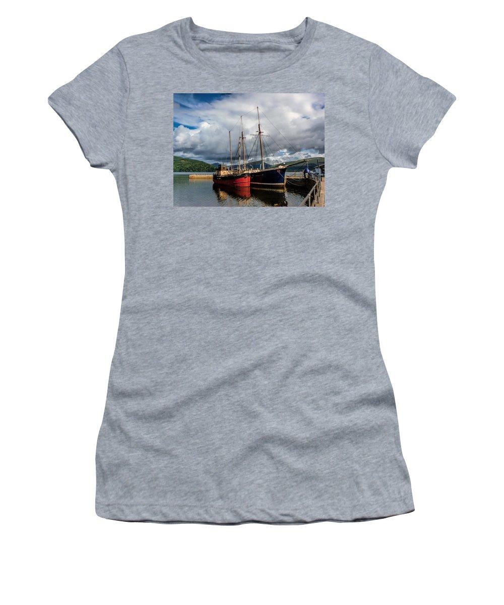Clyde Puffer Women's T-Shirt featuring the photograph Clyde Puffer by Lynn Bolt