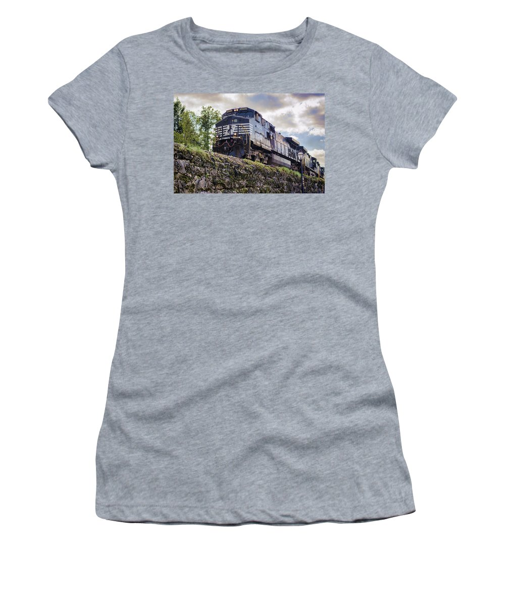 Jonesborough Women's T-Shirt featuring the photograph Coming Down The Tracks by Heather Applegate