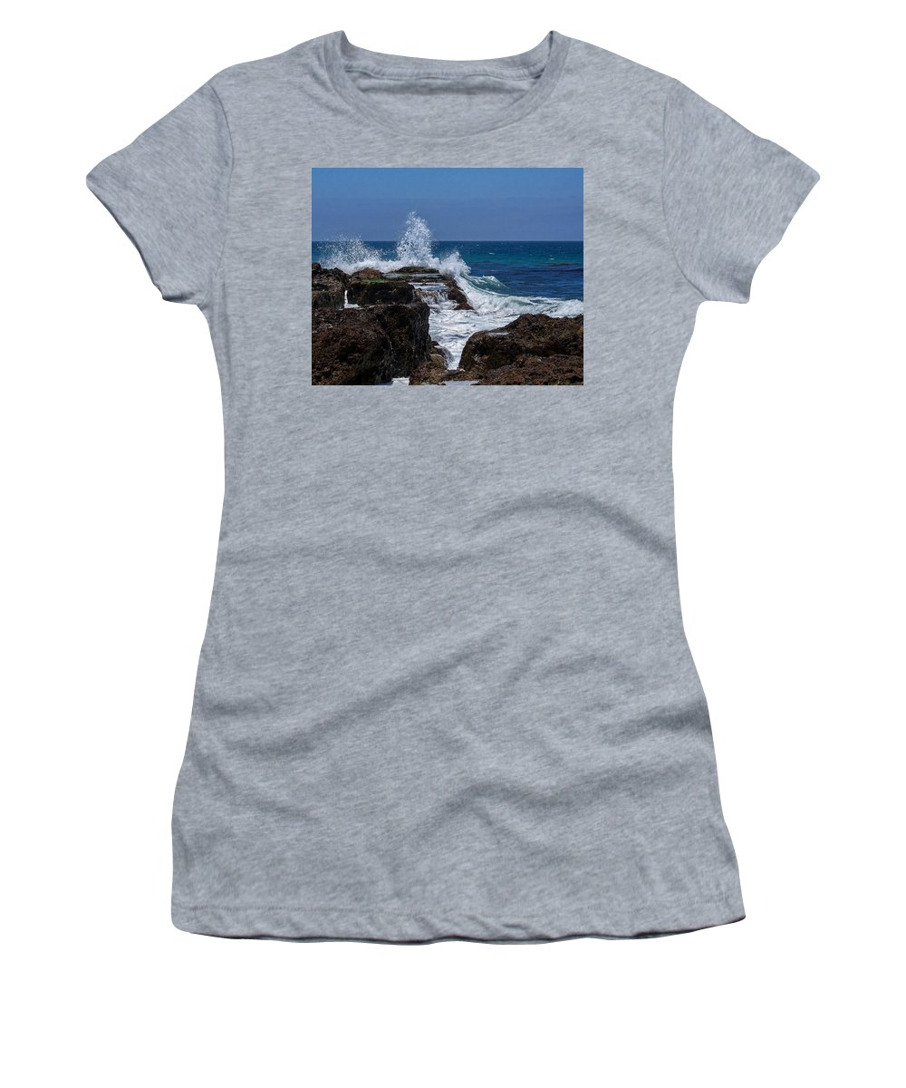 Oceans Women's T-Shirt (Athletic Fit) featuring the digital art Crashing Wave by Ernie Echols