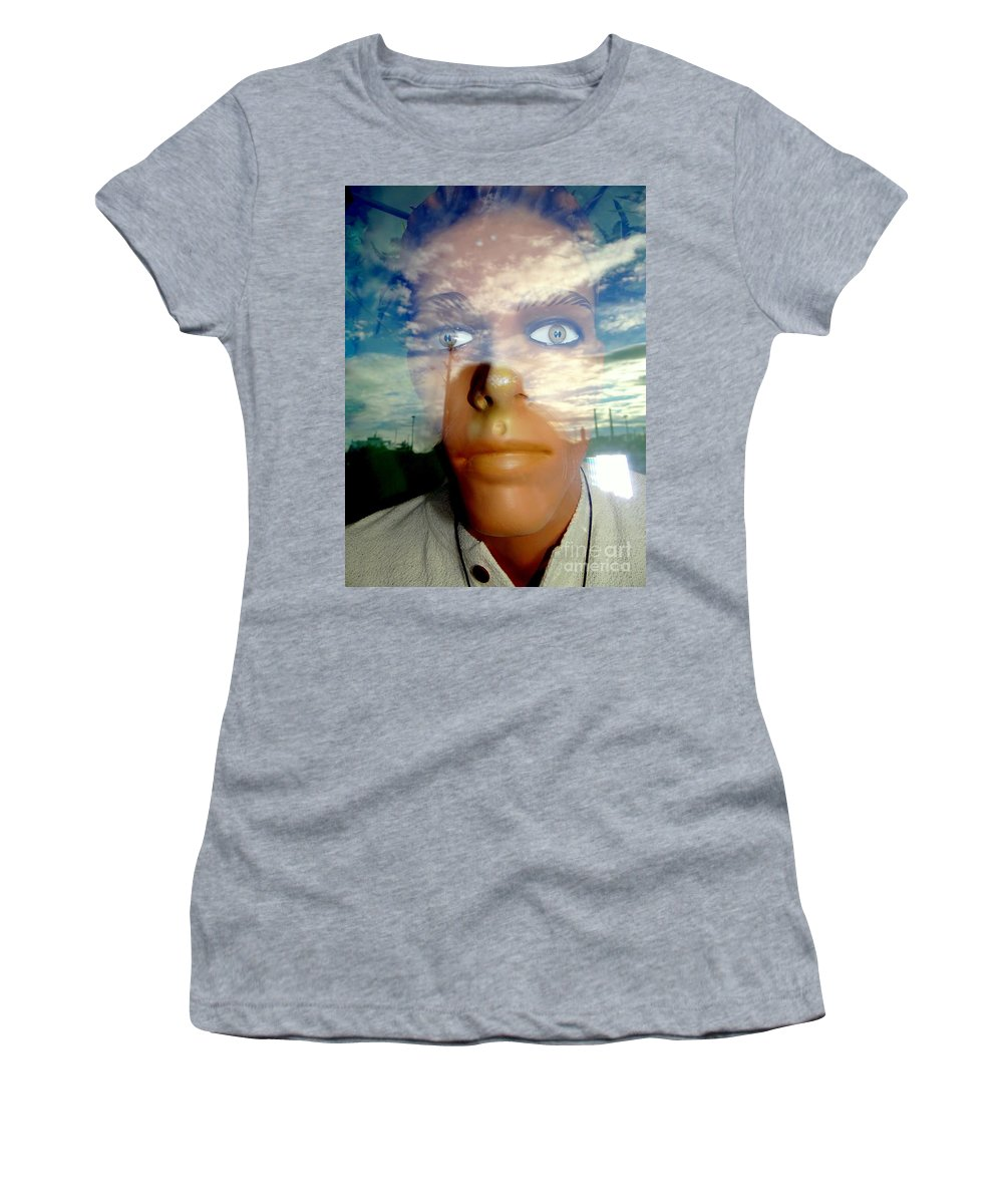 Mannequins Women's T-Shirt featuring the photograph Eyes On The Horizon by Ed Weidman