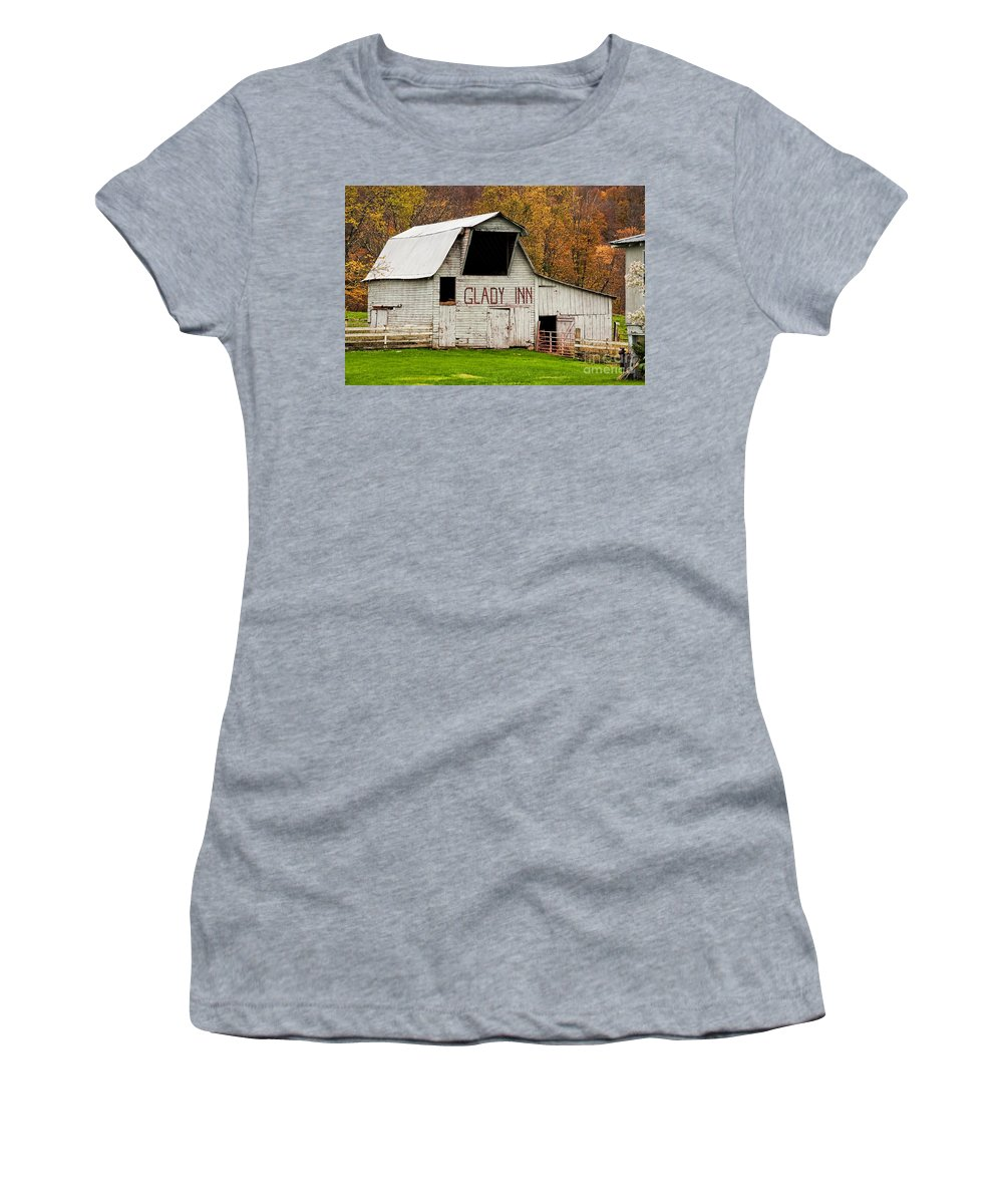 Barn Women's T-Shirt featuring the photograph Glady Inn Barn Wv by Kathleen K Parker