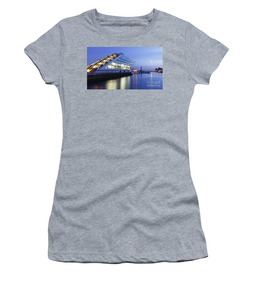 2014 Women's T-Shirt featuring the photograph Hamburg Dockland At Night by Jannis Werner