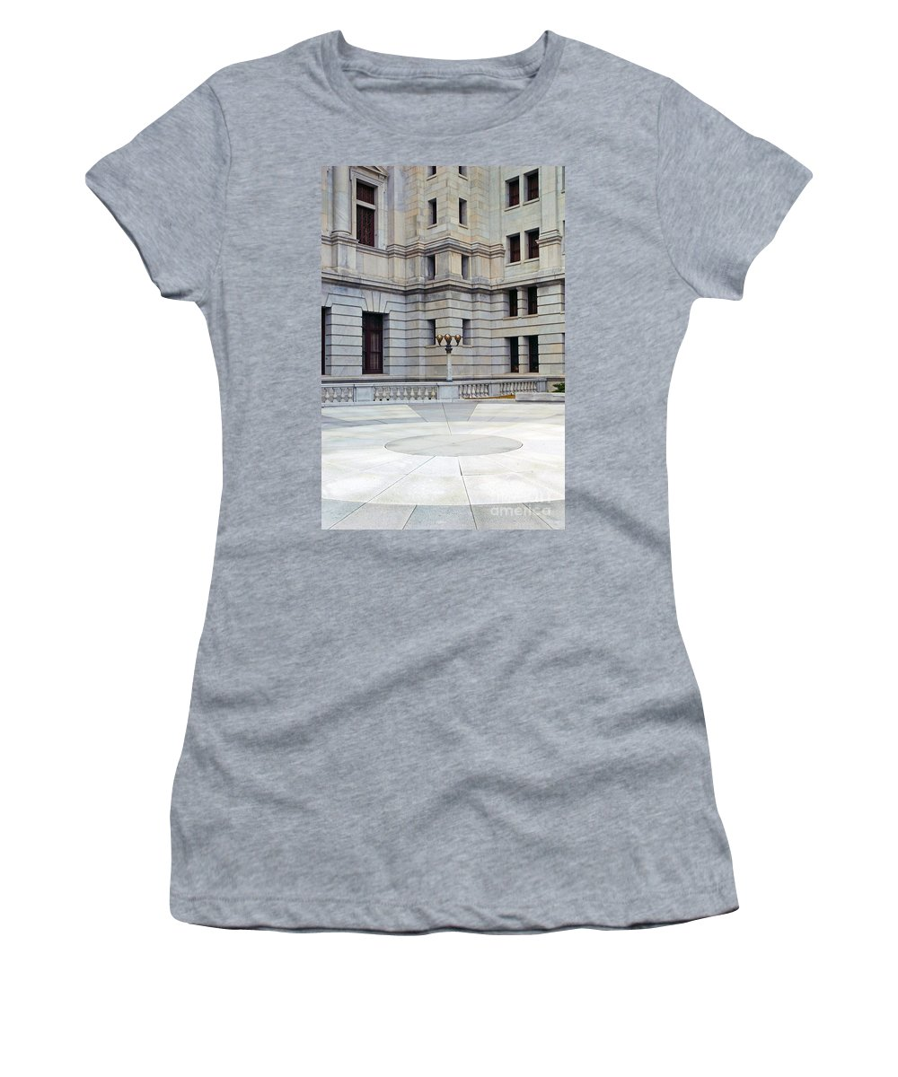 Buildings Women's T-Shirt (Athletic Fit) featuring the photograph Harrisburg Capital Courtyard by Paul W Faust - Impressions of Light