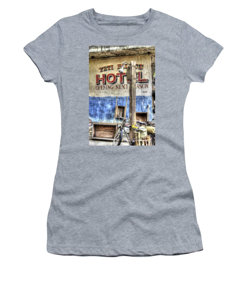 Hotel Women's T-Shirt (Athletic Fit) featuring the photograph Hotel Yeti by Dale Powell