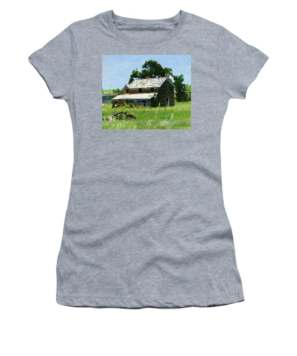 Abandoned House Women's T-Shirt featuring the digital art Lost In Wyoming II by Cathy Anderson