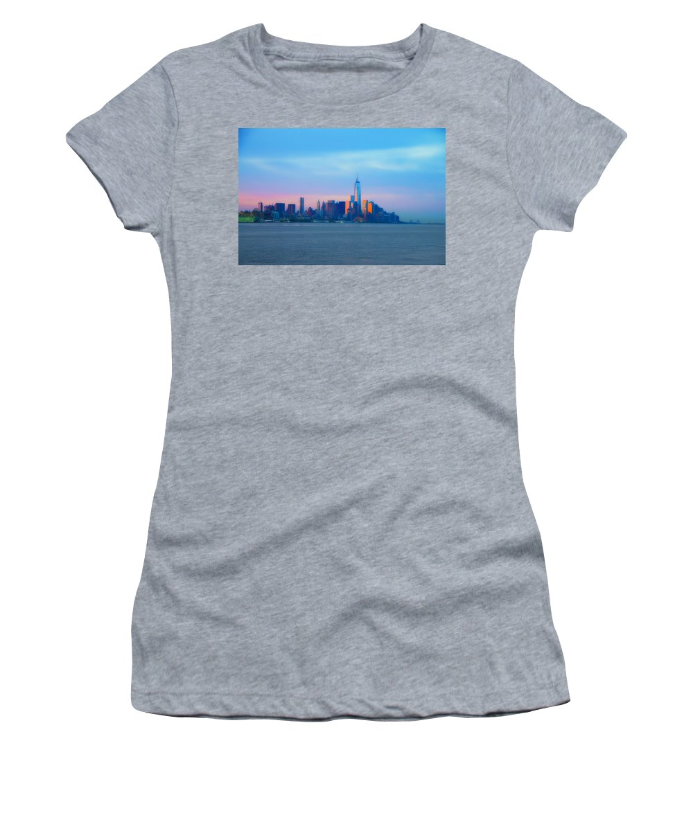 Manhattan Women's T-Shirt featuring the photograph Manhattan In The Morning by Bill Cannon