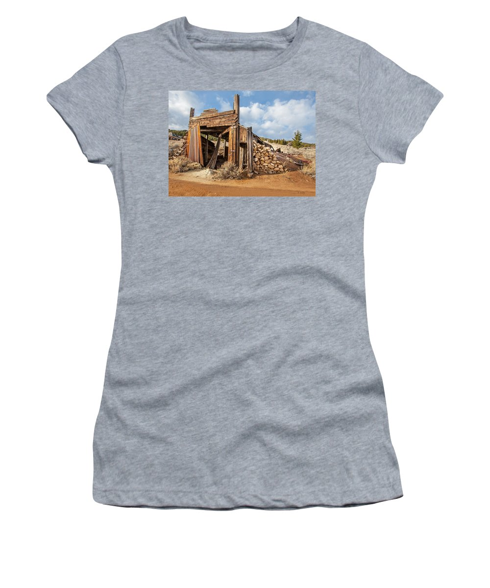 Old Garage Women's T-Shirt featuring the photograph Old Garage by Fran Riley