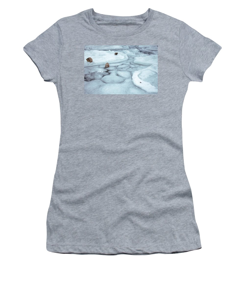 Toronto Women's T-Shirt featuring the photograph Points Of Winter Freeze by Kyra Savolainen