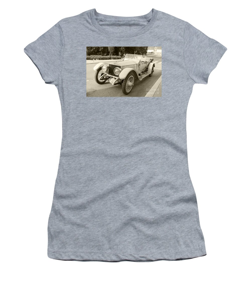 Rolls Women's T-Shirt featuring the photograph Rolls Royce Silver Ghost by Rob Hawkins