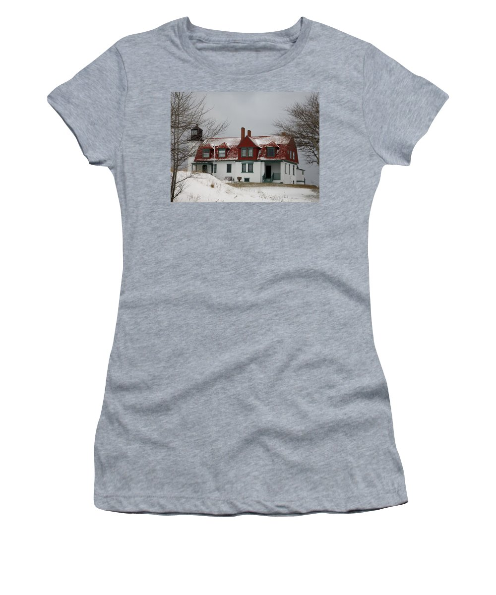 Lighthouse Women's T-Shirt (Athletic Fit) featuring the photograph Snow At Point Betsie by Linda Kerkau
