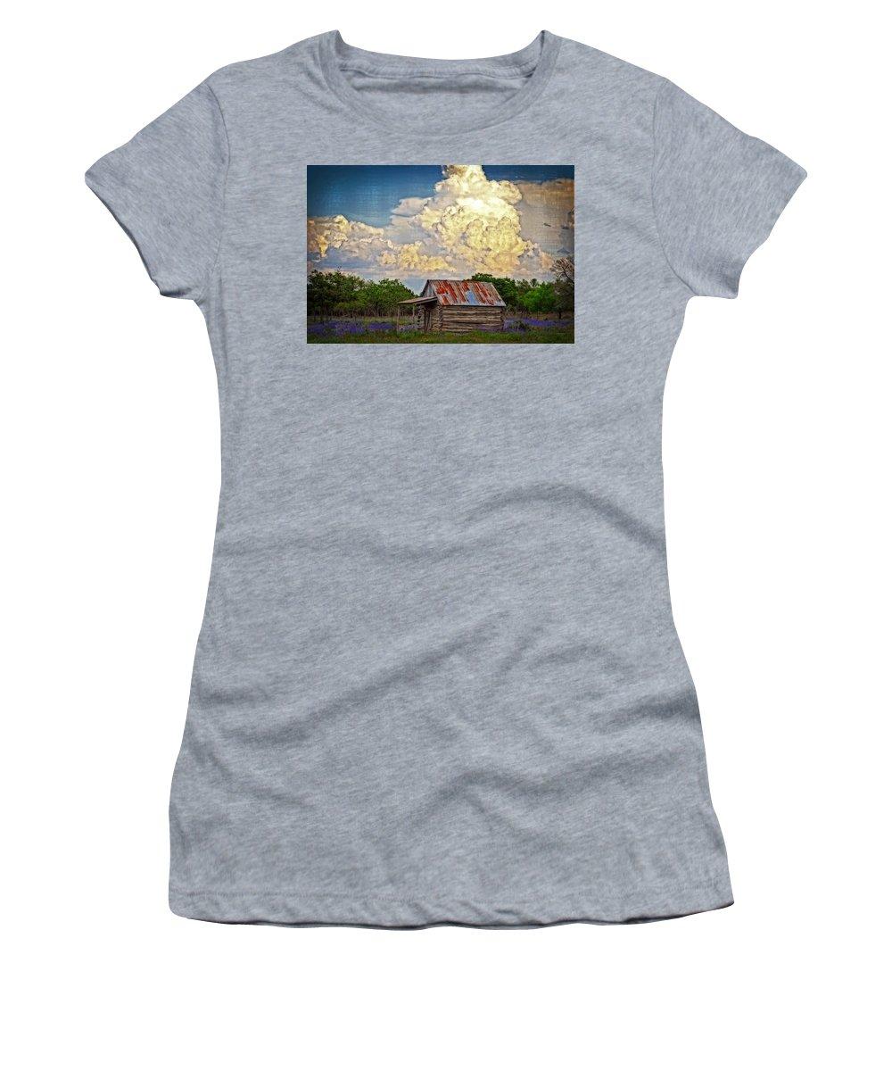 Landscape Women's T-Shirt featuring the photograph Treacherous Beauty by Lynn Bauer