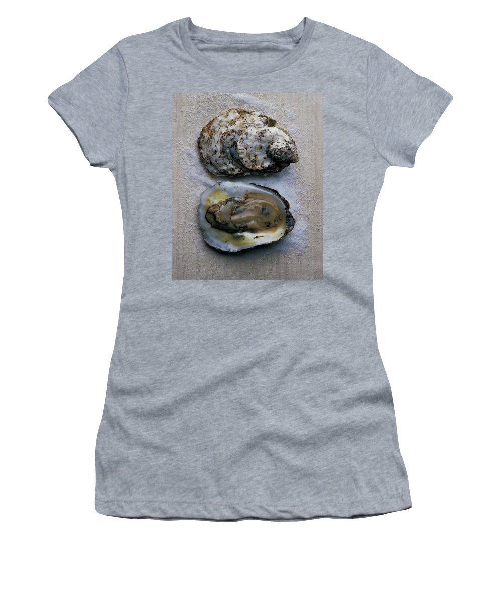Cooking Women's T-Shirt featuring the photograph Two Oysters by Romulo Yanes