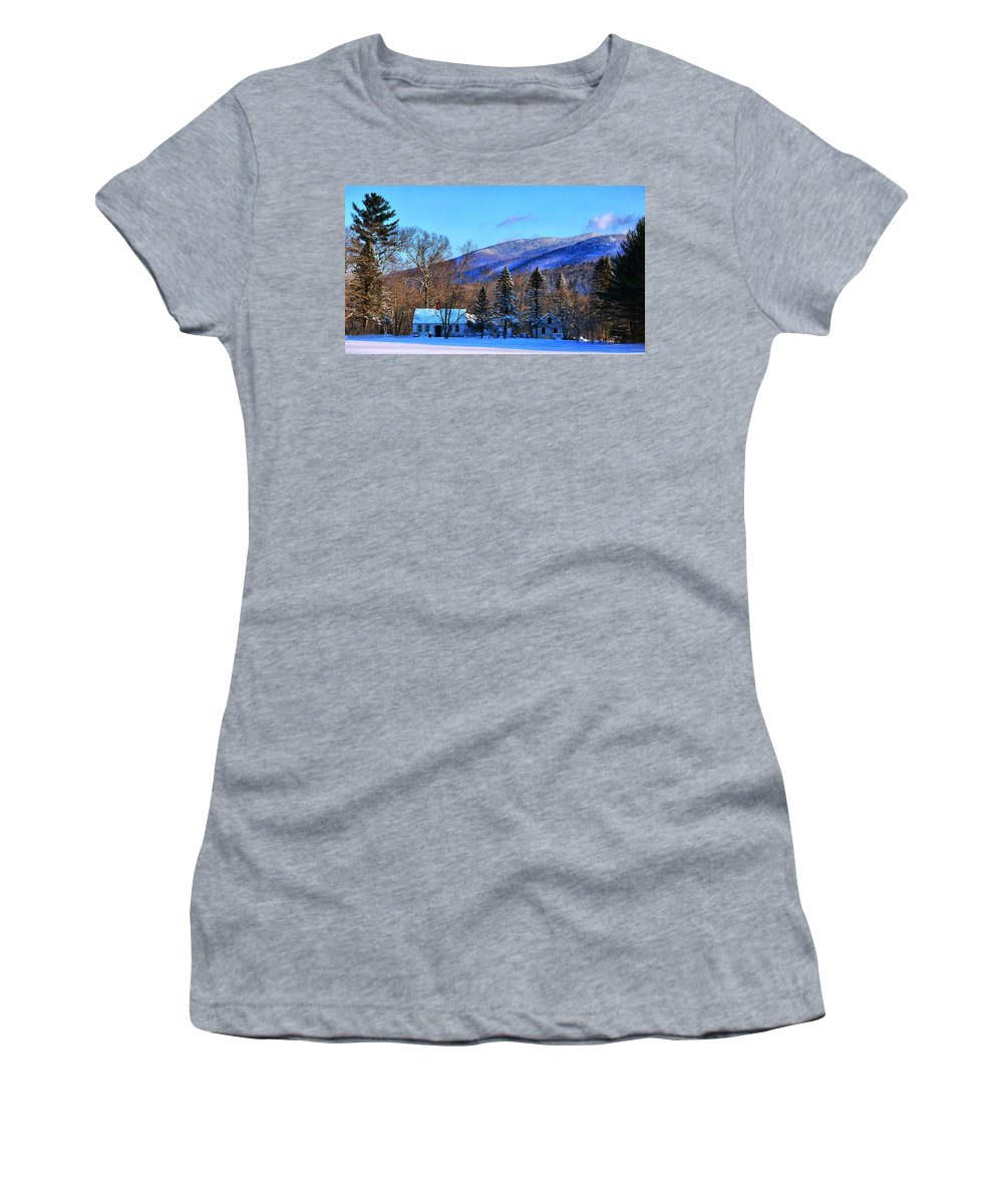 New Hampshire Women's T-Shirt (Athletic Fit) featuring the photograph What A Backyard View-hdr by Nancie DeMellia